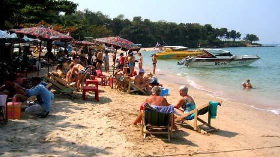 Пляж отеля Кози Бич