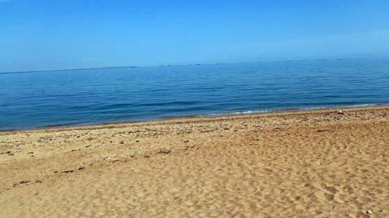пляж в поселке Героевское