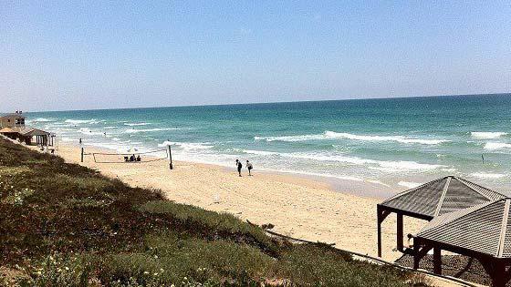 пляж ха-Цук
