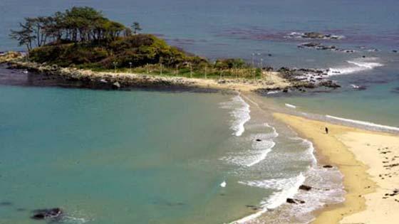 пляж Полихуа