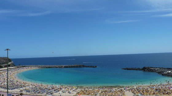 Пляж Плайя-де-Амадорес