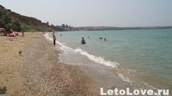 Дикий пляж Песчаное Крым