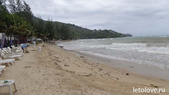 kamala beach rain season