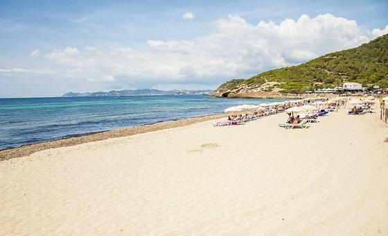 Пляж Cavallet