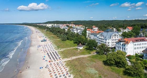 пляж в Бинце